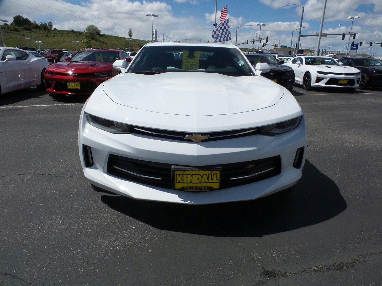new 2017 chevrolet camaro lt in nampa 170016 kendall at the idaho center auto mall. Black Bedroom Furniture Sets. Home Design Ideas